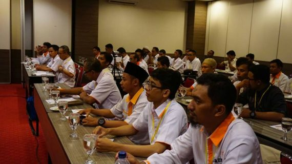 Ketua PWM Jateng Buka Sekolah Perdana Amil Lazismu