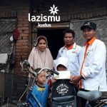 Bantuan Sepeda Untuk Mengantar Anak Sekolah